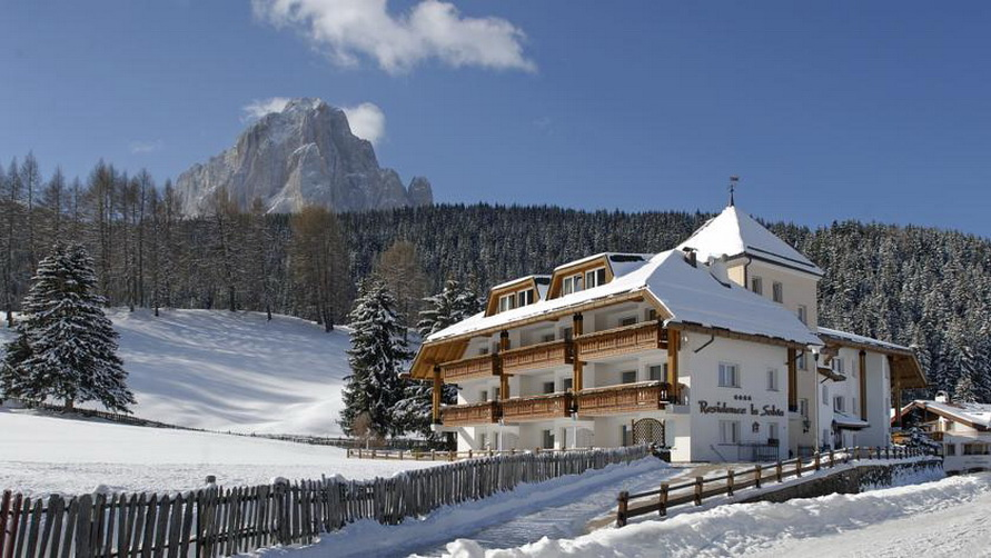 Четырёхзвёздочная гостиница Residence La Selva в Selva di Val Gardena.