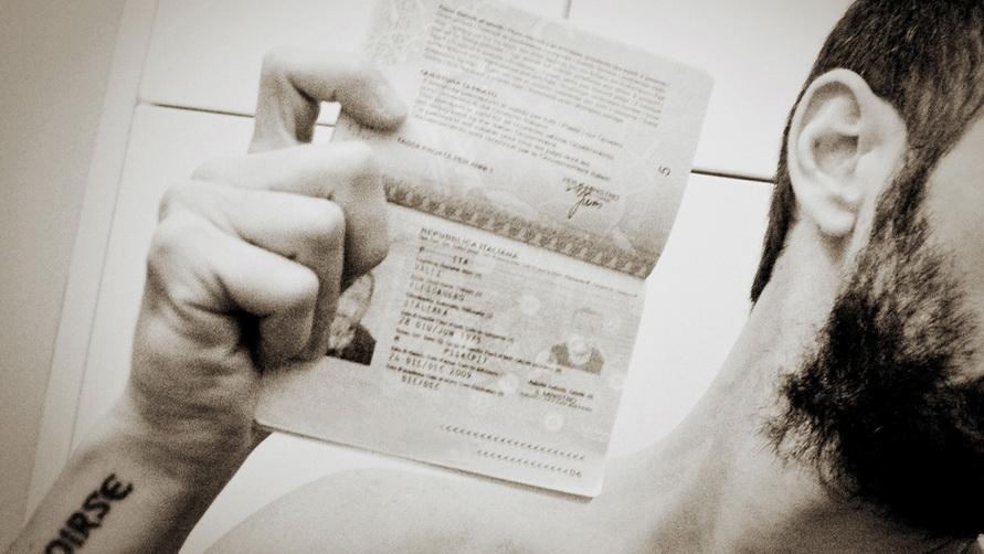 Если собираетесь прожить в Италии долгое время, оформляйте национальную визу.