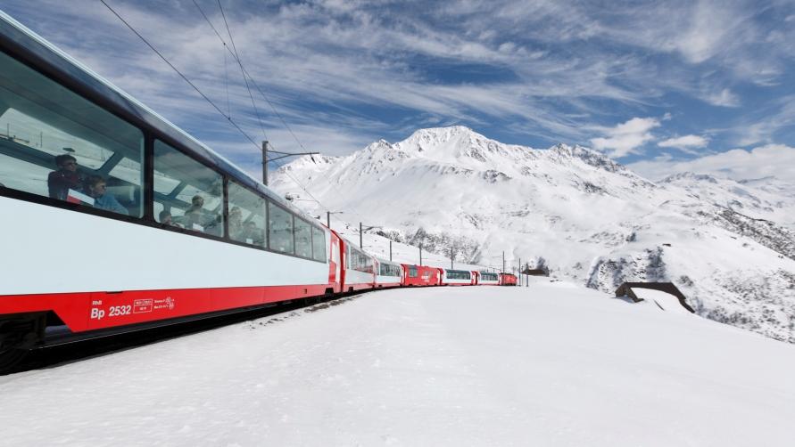 Поезд из Швейцарии