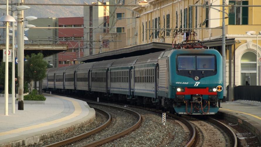 Отправляемся из Террачины в Рим, какие виды транспорта доступны туристам