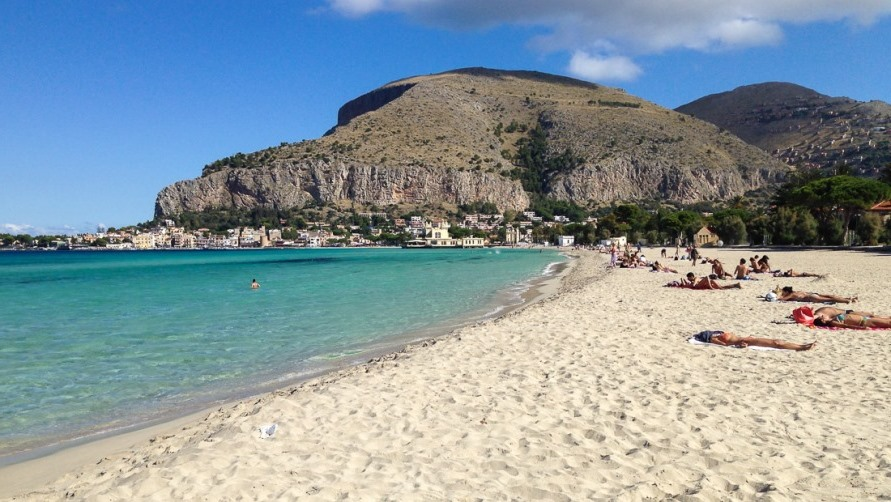 Пляж Mondello