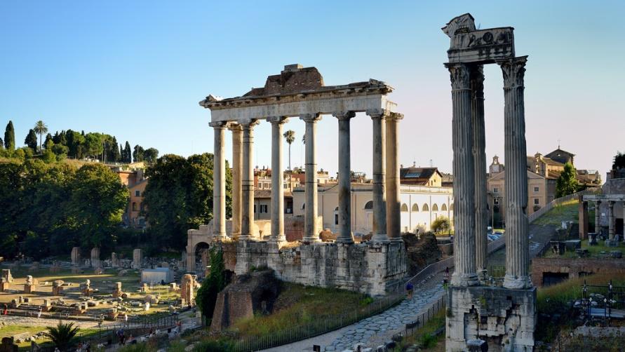 Вид на Римский Форум