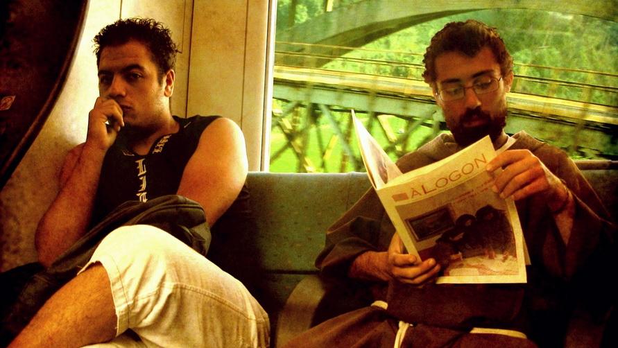 Путешествовать на поезде приятно. Это самый удобный транспорт в Италии.