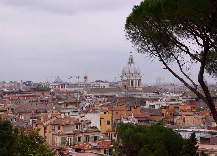 Панорама Рима с холма Пинчо.