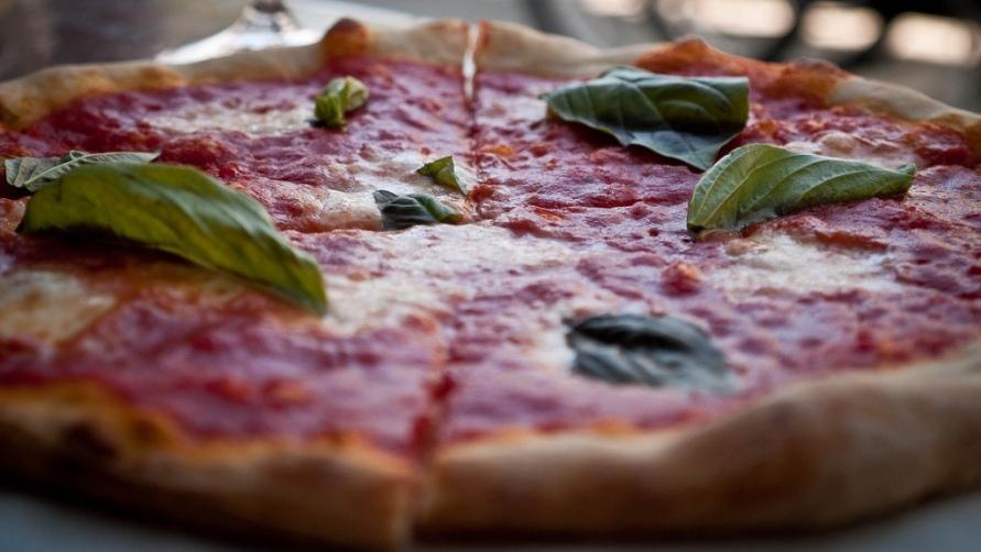 Pizza Margerita at Piccolo