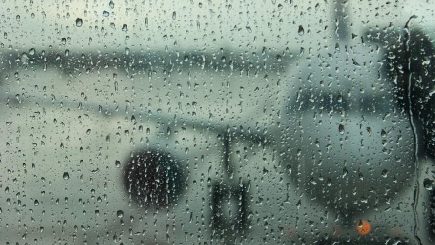 Силуэт самолета