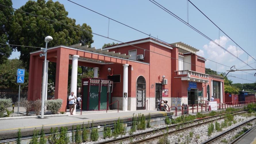 Станция Pompei — Scavi Villa Misteri
