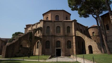 Почему каждому туристу стоит побывать в базилике Сан-Витале