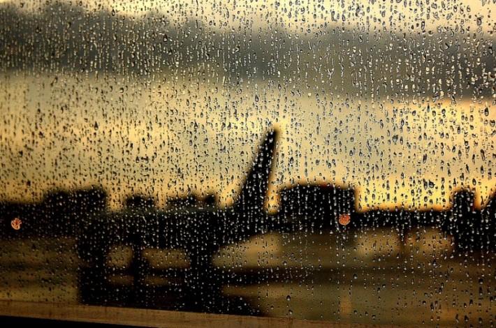 dozhd-v-aeroportu